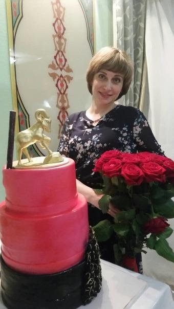 Сегодня день рождения у нашей коллеги Ирины