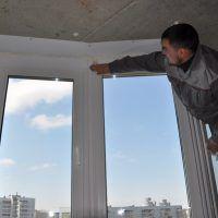 Как принять Пластиковые окна в новостройках